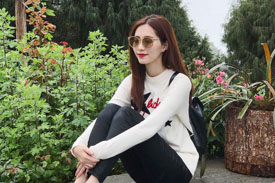 Bắt chước gu thời trang mùa hè chất lừ của sao Việt