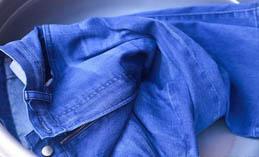 Cách giặt và bảo quản quần Jean mới mua bền đẹp như mới