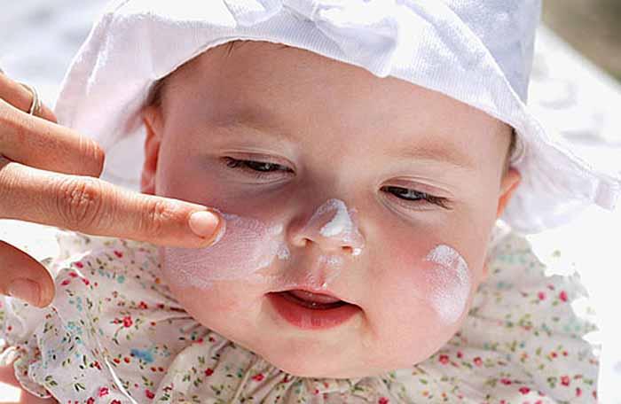 4 loại bệnh cực nguy hiểm cho bé khi trời lạnh mà các mẹ nên biết