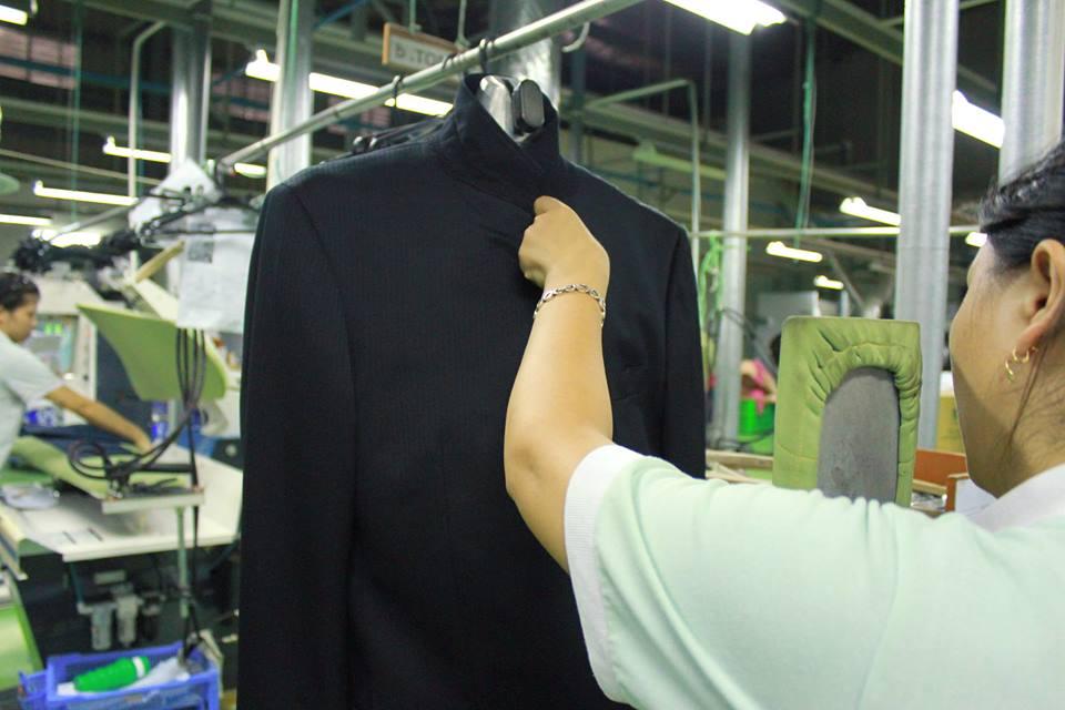 Mồ hôi trên quần áo và những thận trọng trong cách giặt