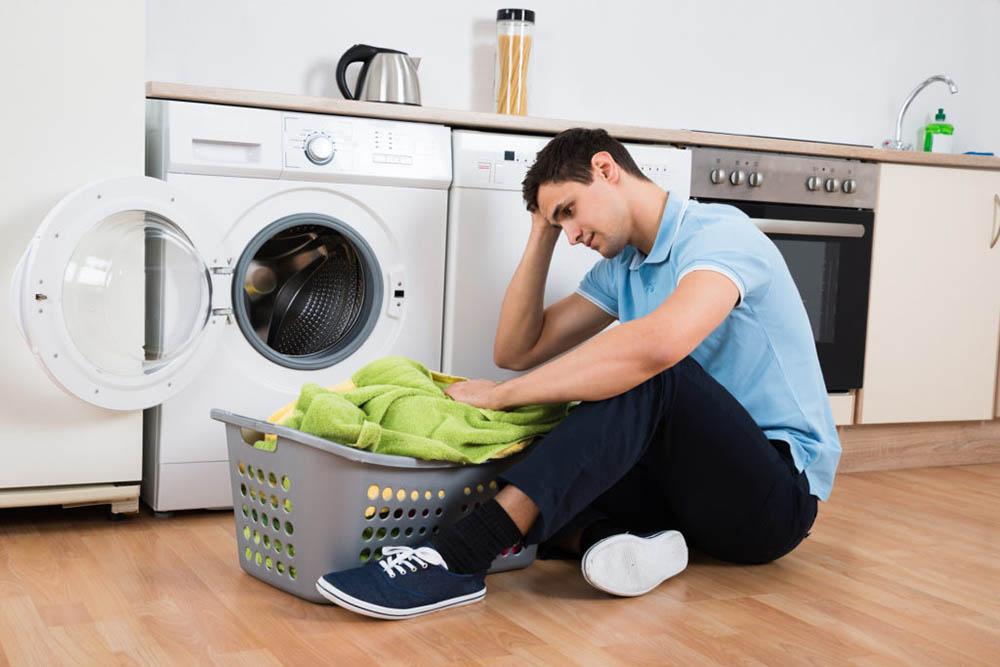 Nguyên nhân khiến quần áo giặt máy không sạch và cách khắc phục?