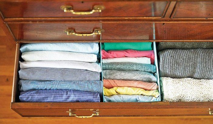 Cách bảo quản quần áo ngày hè để tránh ẩm mốc