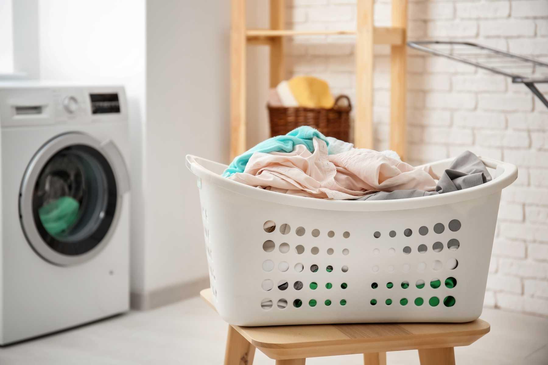 Giặt khô khác giặt ướt như thế nào mà vẫn giữ cho quần áo được sạch sẽ, thơm tho.